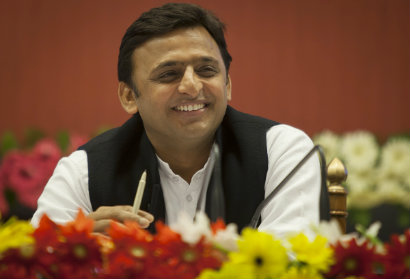Akhilesh Yadav: Will He Be Able To Ably Maneuver His Party's Rocking Boat? Ganesha Finds Out.