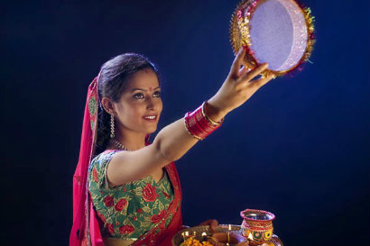 What Are The Highlights Of Karwa Chauth Apart From The Celebration Of The Wife-Husband Bond?