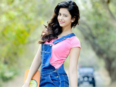 Rakul Preet Singh: Will the beauty be able to head westwards? Ganesha finds out...